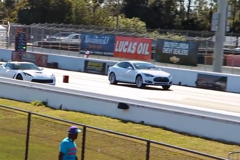 The New Tesla P85D Challenges a C7 Stingray at Their Local Strip