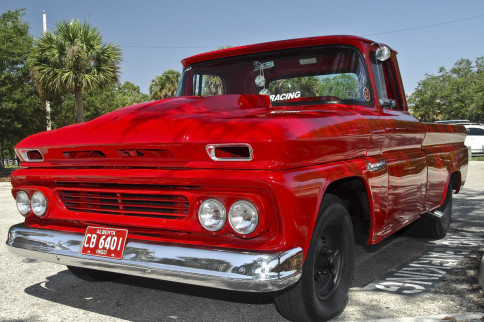 A 9.00 Second 1960 C10 Apache, A Wolf In Sheep's Clothing