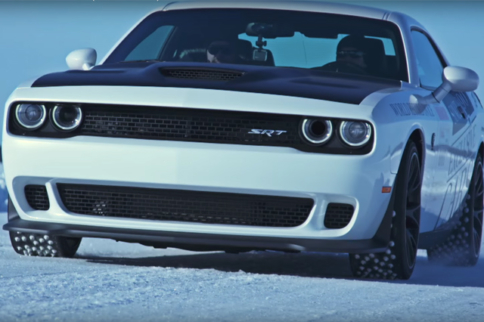 Video: All-Factory Hellcat Challenger Sets Speed Record On Ice