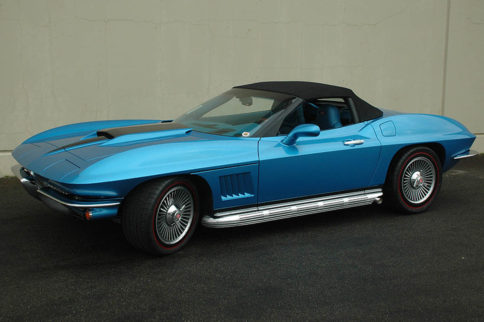 How Classic Reflection Coachworks Builds Their Retro-Vettes